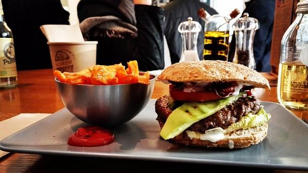 騎著重機享用漢堡,讓旅行的樂趣增加2倍!【關東篇】