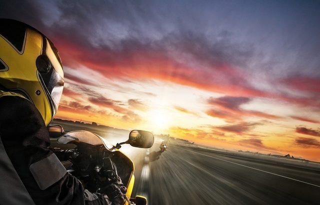 市售重機中車速超過300Km/h的最快車種!