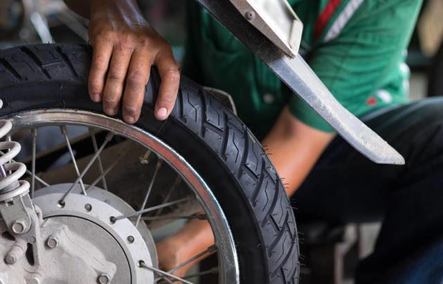 重機輪胎的使用壽命大概是多久呢?里程數僅供參考,了解更換輪胎的最佳時程!
